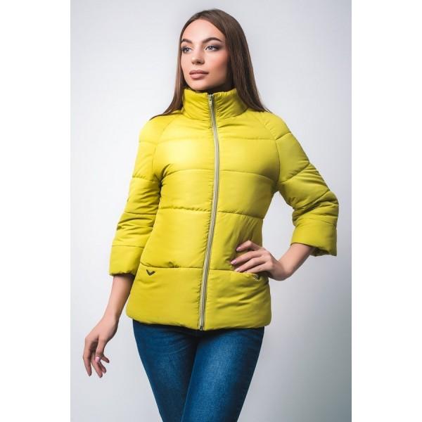 Женская куртка  R00017-2 размеры 42-52 цвет яблоко